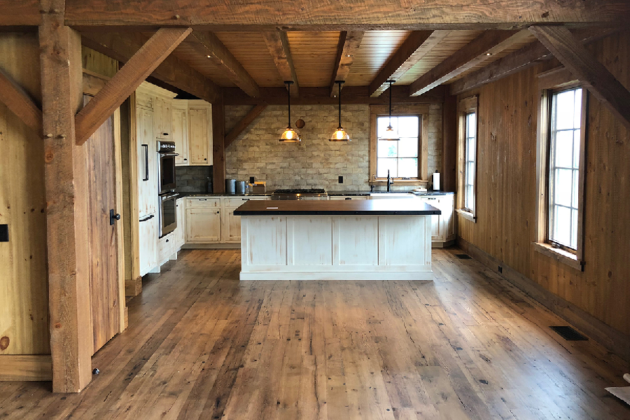 How to Make Reclaimed Wood Flooring Choice